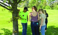 JHS AP Biology Students Volunteer Time for Jefferson Arboretum